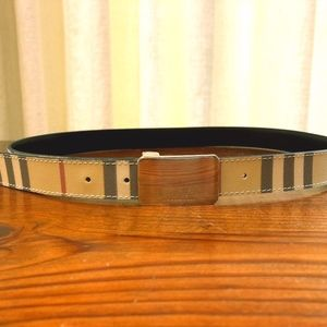 Burberry Nova Check Belt with Silver Buckle 40/100